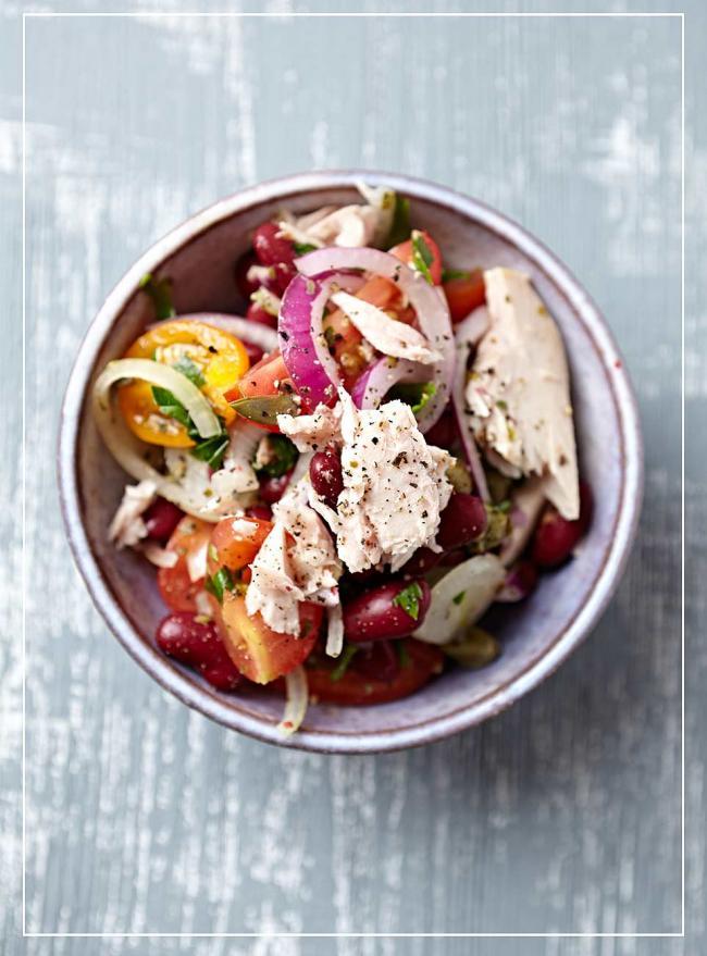 Bohnensalat mit Thunfisch und Tomaten